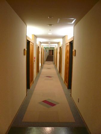 湯元白金温泉ホテル廊下