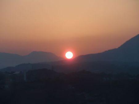 4月2日18時15分   大分の夕陽
