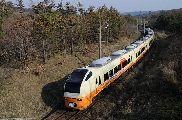 E653系 いなほ5号 14-04-16 15-49