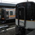 Photos: 阪神 9000系 9209Fと5820系 DH23