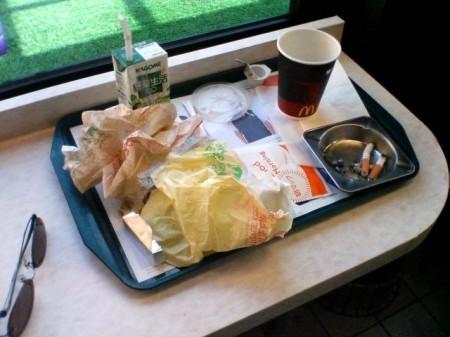 2007_05_03_富士山グルリのひとり走り_04_どんだけ食うとんねん!?ガッツリ食ってガッツリ出して、さ、出発