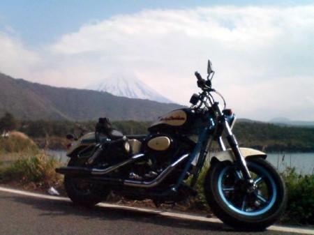 2007_05_03_富士山グルリのひとり走り_19_西湖湖畔02