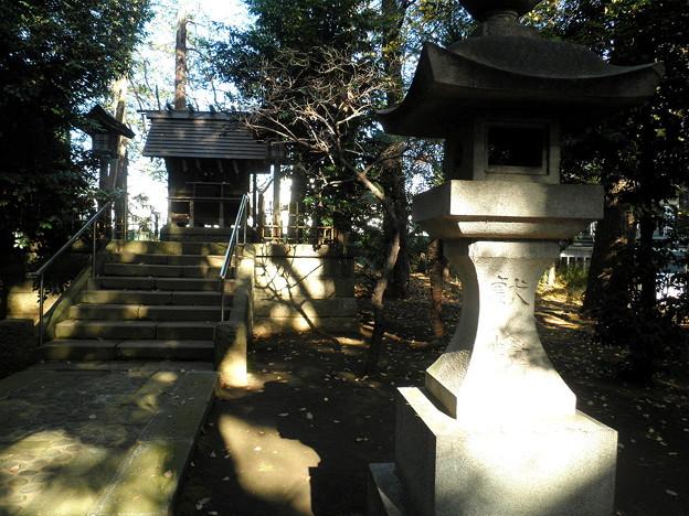 世田谷線:宮の坂駅界隈_世田谷八幡宮-09招魂社c