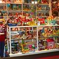 写真: おもちゃ屋さん