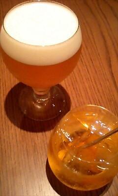 ビールと杏のお酒@Cafe de Fariniere