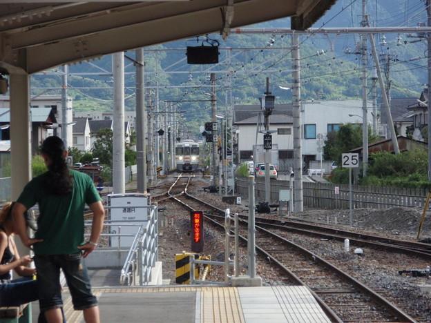 写真: 313系身延線(東花輪駅)
