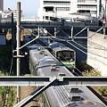 写真: 横浜線205系(天満宮の橋)