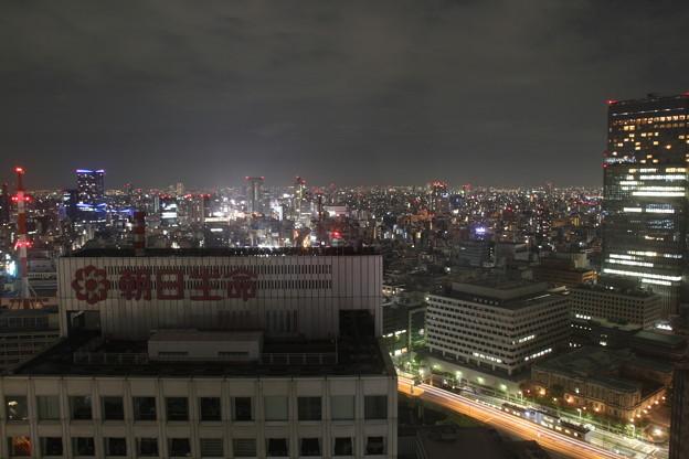 窓からの景色(5月1日から5月2日のインターバル撮影)1 5月1日