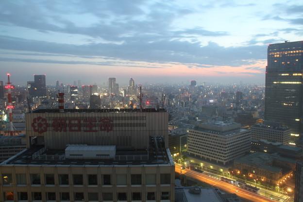 窓からの景色(5月1日から5月2日のインターバル撮影)5 5月2日