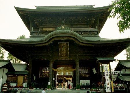 08阿蘇神社楼門