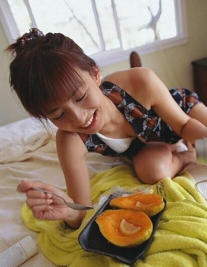 魅力的な女性の食べるもの?(笑)  (4)