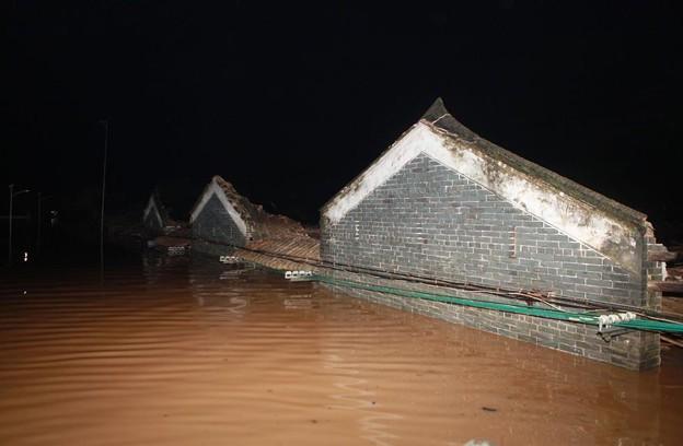 広東省の豪雨の後 (1)