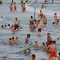 写真: 中国のハワイ 海南島で海水浴~~ (7)