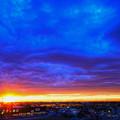 Photos: 重い雲と夕焼け空