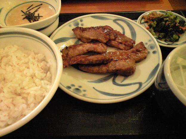 渋谷のカルビ定食