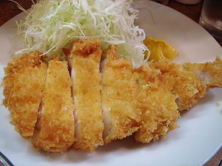 江戸屋のとんかつ定食 990円