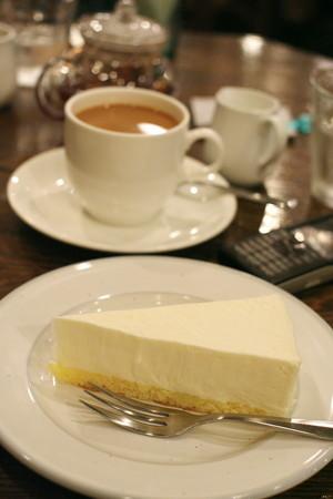 チーズケーキのある風景