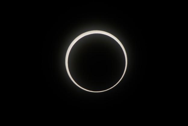 写真: annular eclipse