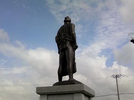 横綱羽黒山銅像(2)