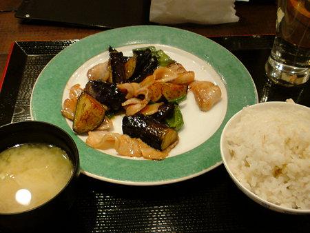 豚肉と茄子とピーマンの炒め物