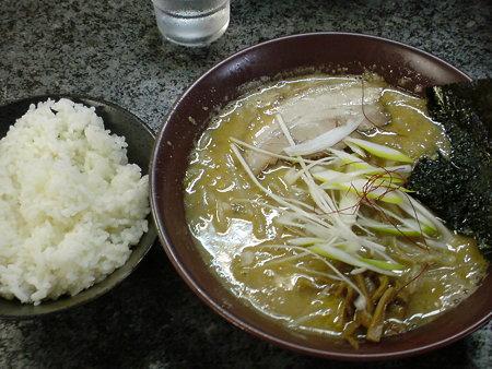 麺's 0(ゼロ) とん味噌+めし