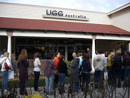 UGGは入場規制
