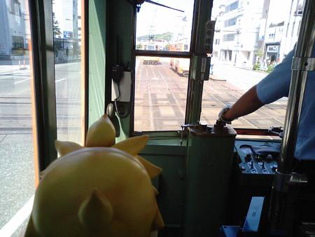 再び、大手町駅のダイヤモンドクロス! レン:「そういえば伊予鉄っ...