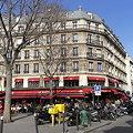 パリのアパート?