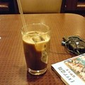 写真: a_glass_of_ice_coffee
