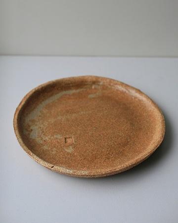 藁灰釉薬15cm丸皿s