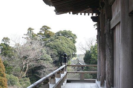2009.02.28 笠森観音 観音堂(四方懸造り)眺望