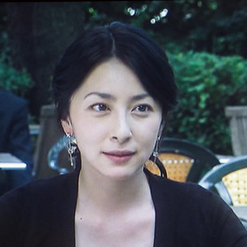 奥菜恵出演のドラマのワンシーン