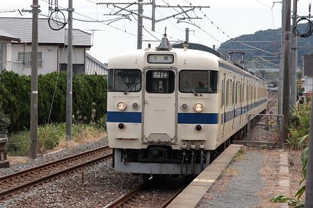 415系(日豊本線朽網駅)