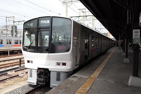 811系(門司港駅)