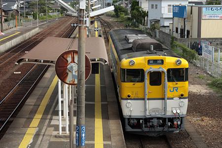 山陰本線小串駅(キハ40)