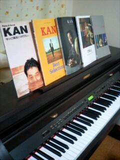 KAWAI CA91とKAN関連ピアノ譜たち