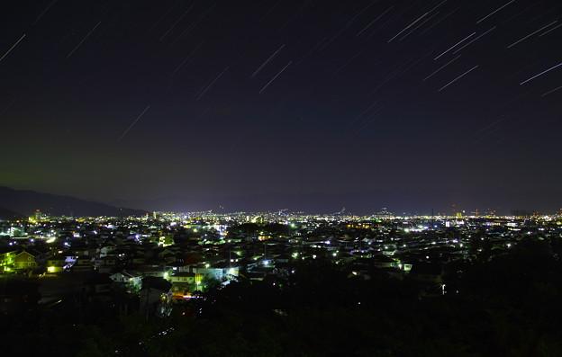 甲府の夜空に降る星