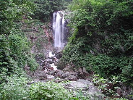 R360 天生峠にあった滝