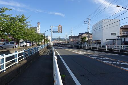 藤枝駅東アンダーパスの40高中・1