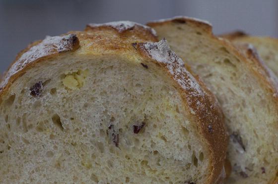 写真: サツマイモのパン 02